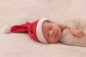 Lumielune fotografía newborn de bebés y recién nacidos nounat papa noel en Barcelona Gava Viladecans Castelldefels Begues